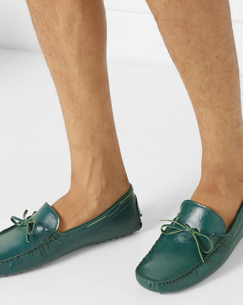 N9-Treated Boat Shoes With Tie-Up By AJIO ( Green )