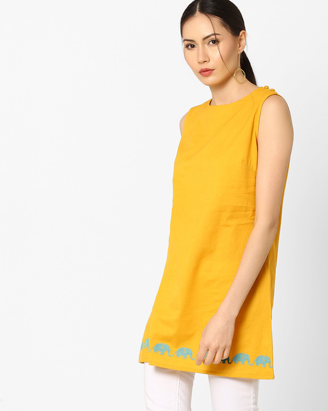Sleeveless Tunic With Embroidery By AJIO ( Mustard )