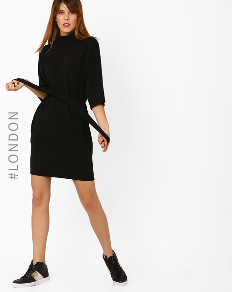 Funnel-Neck Dress With Self-Design By Closet London ( Black )