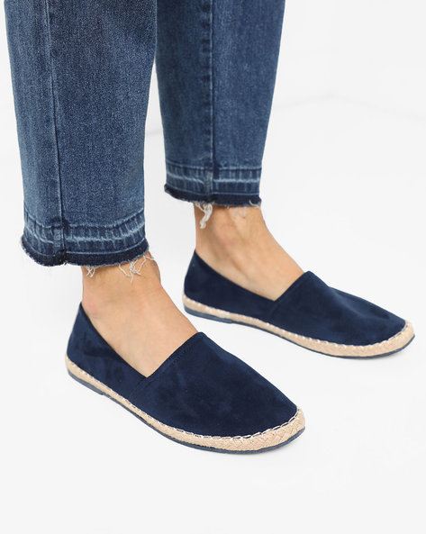 Panelled Slip-On Espadrilles By AJIO ( Navy )