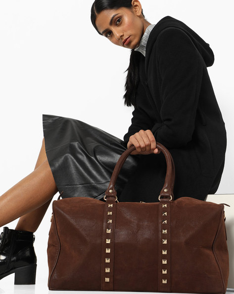 Duffel Bag With Metal Studs By 20Dresses ( Brown )
