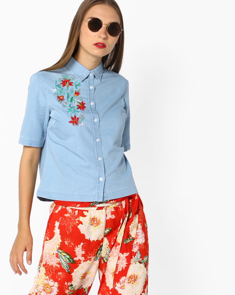 Denim Short Shirt With Floral Embroidery By AJIO ( Lightblue )