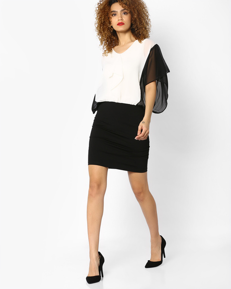 Skirt Dress With Flared Sleeves By And ( Cream )