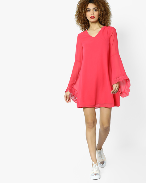 Shift Dress With Bell Sleeves By AJIO ( Coral )