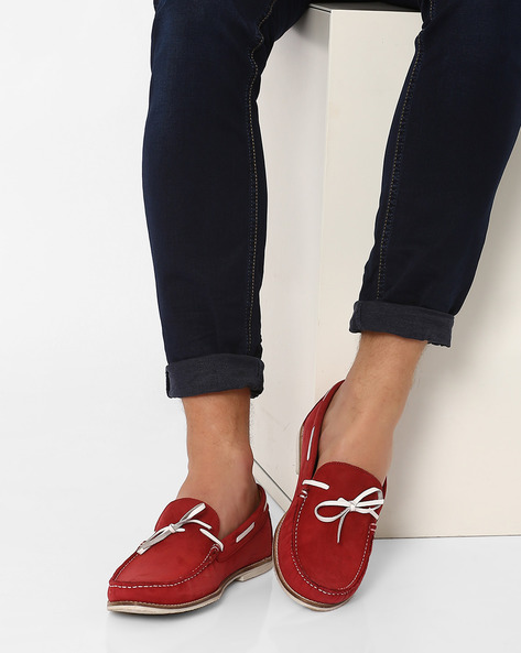 N9-Treated Flexible Leather Loafers By AJIO ( Red )