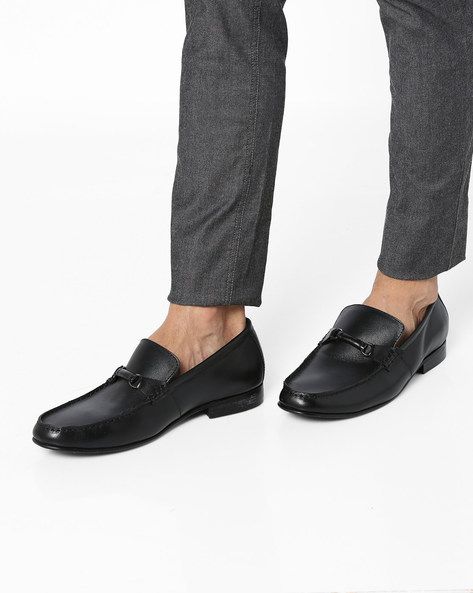 Slip-On Formal Shoes With Metal Accent By Buckle Up ( Black )