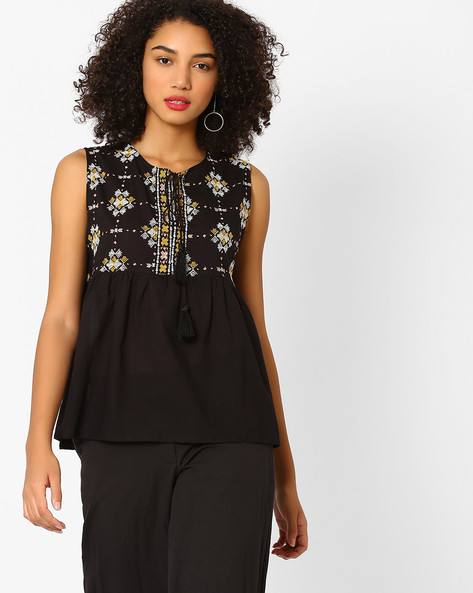 Sleeveless Peasant Top With Embroidery By Rena Love ( Black )
