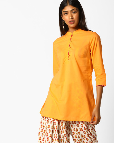 Tunic With Mandarin Collar By AJIO ( Peach )