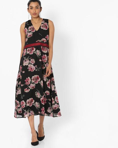 Floral Print Dress With Surplice Neckline By Bitterlime ( Black )