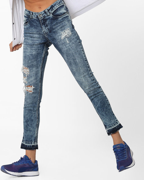 Slim Fit Jeans With Distressing By BOSSINI ( Blue )