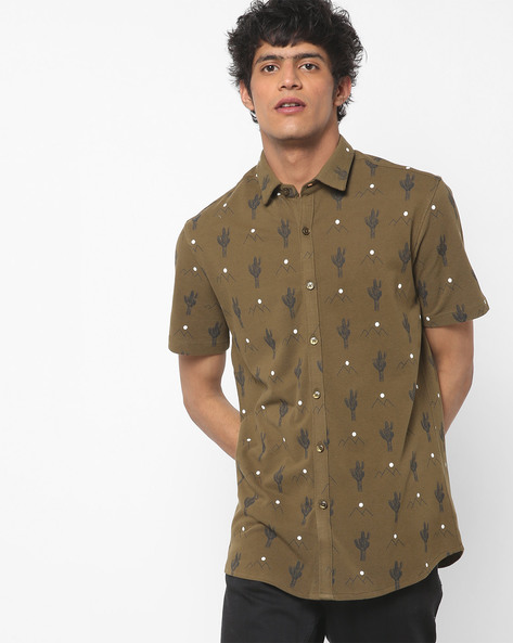 Printed Shirt With Spread Collar By AJIO ( Olive )