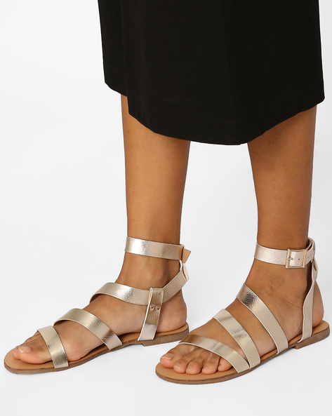 Strappy Flats With Buckle Closure By Curiozz ( Gold )