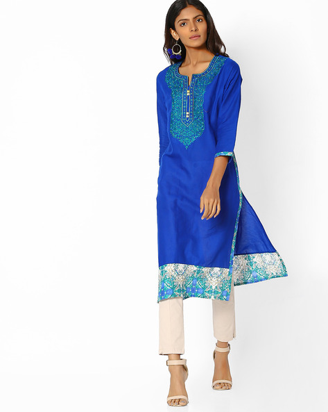 Straight Kurta With Floral Embroidery By Purple Tree ( Blue )