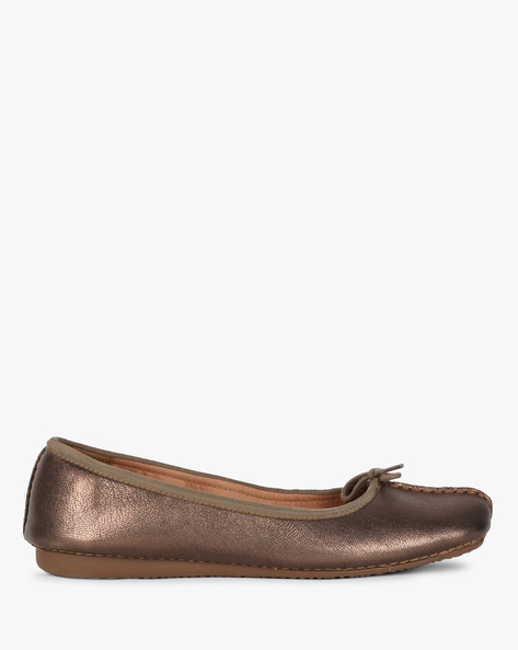 Square-Toe Ballerinas With Bow Accent By CLARKS ( Bronze )
