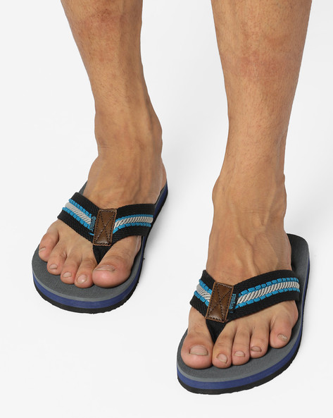 Canvas Thong-Style Flip-Flops By Lee Cooper ( Black )