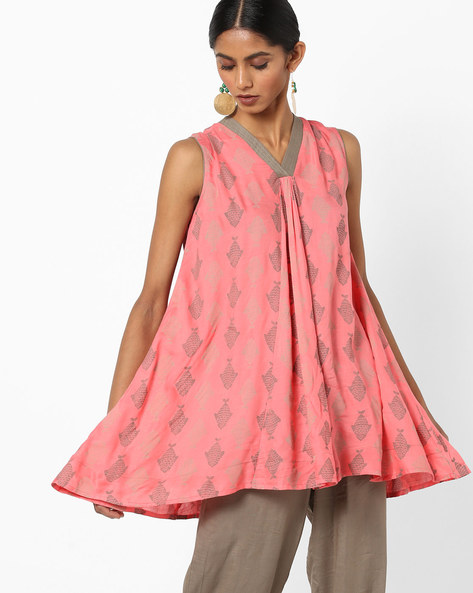 Printed Flared Kurti With V-neck By AJIO ( Coral )