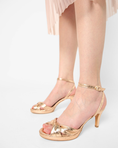 Peep-Toe Stilettoes With Criss-Cross Straps By AJIO ( Rosegold )