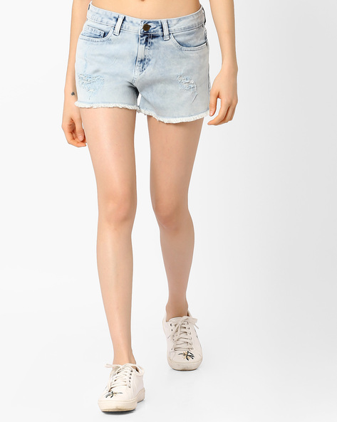 Denim Shorts With Frayed Hems By AJIO ( Lightblue )