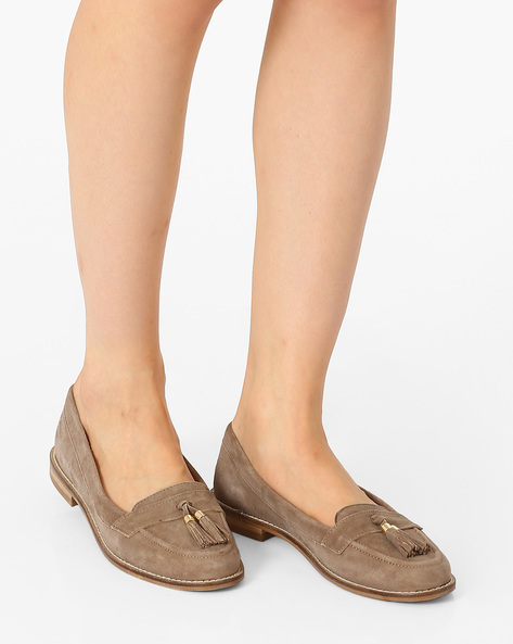 Leather Loafers With Tassels By Carlton London ( Taupe )
