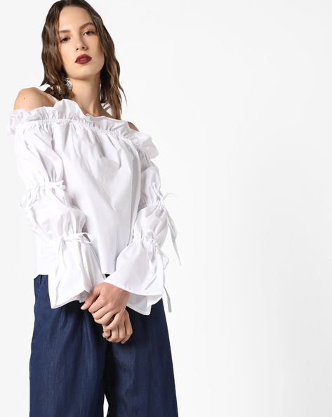Strappy Ruffled Top With Tie-Ups By Glamorous ( White )