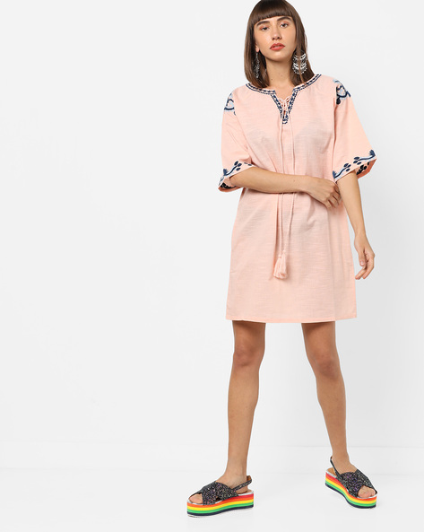 Embroidered Shift Dress With Tassel Tie-Up By AJIO ( Peach )