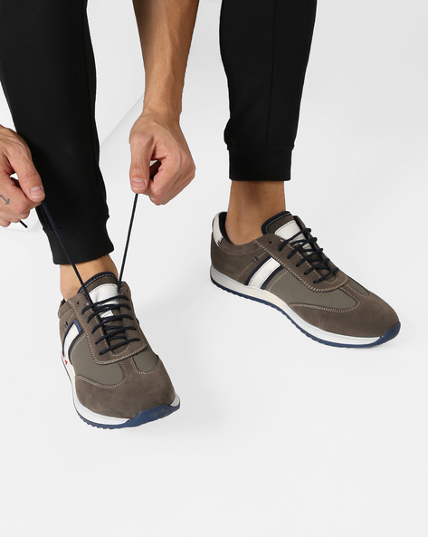 Low-Top Sneakers With Contrast Panels By DUKE ( Grey )