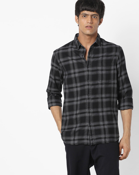 Shirts Online: upto 70%  Off on Formal & Casual Shirts for Men - AJIO