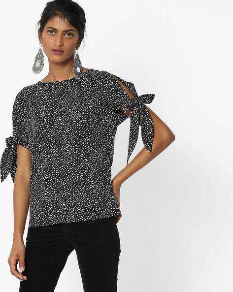 All-Over Print Top With Tie-Ups By Femella ( Black )