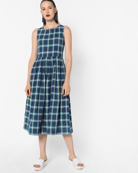 Checked Sleeveless Midi Dress By Tokyo Talkies ( Multi )