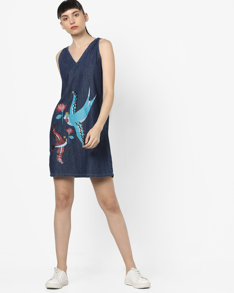 Graphic Print Denim Dress By AJIO ( Blue )
