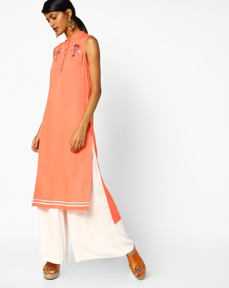 Embroidered Sleeveless Kurta With High-Low Hem By AJIO ( Coral )