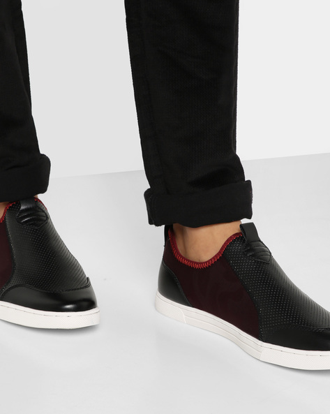 Textured Panelled Slip-On Sneakers By AJIO ( Maroon )