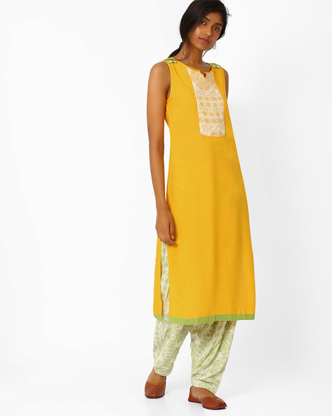 Sleeveless Kurta With Printed Yoke By AJIO ( Beige )
