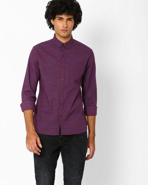 Slim Fit Yarn-Dyed Dobby Shirt By AJIO ( Red )