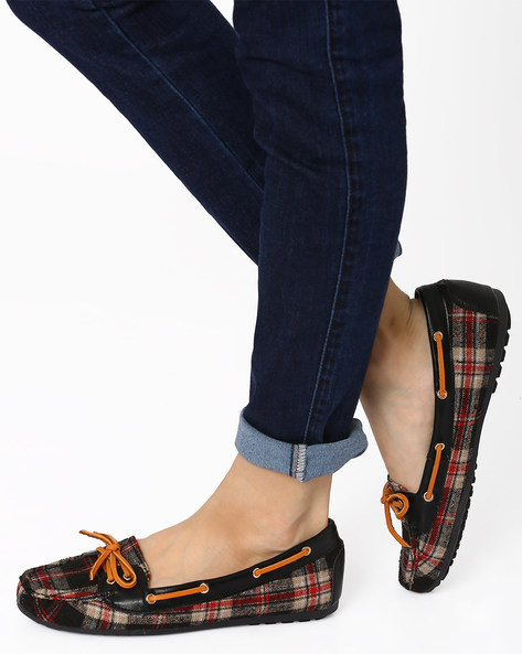 Plaid Moccasins With Mock Tie-Ups By AJIO ( Black )