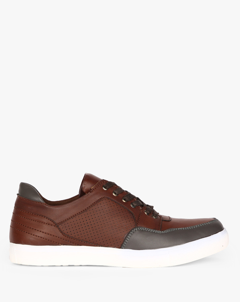 Panelled Lace-Up Sneakers With Perforations By CLOZZ ( Burgundy )