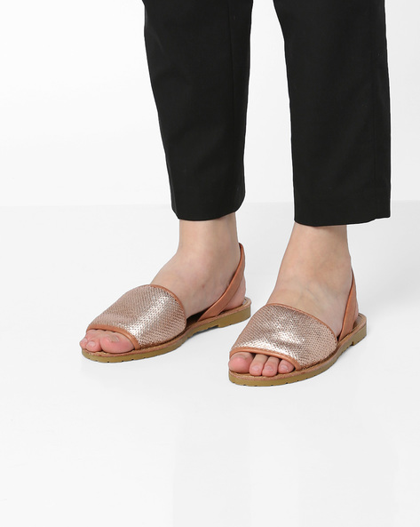 Flat Sandals With Sequinned Midfoot By Carlton London ( Beige )