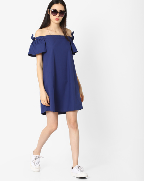 Off-Shoulder Shift Dress By AJIO ( Blue )
