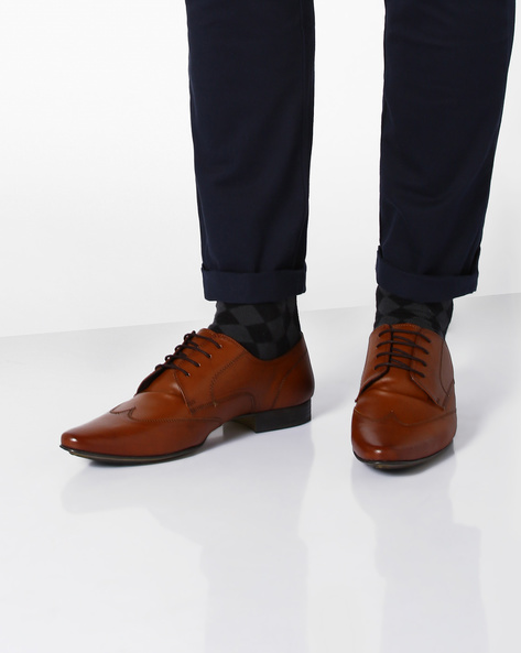 Elphias Derby Shoes With Wing-Tip By Knotty Derby ( Tan )