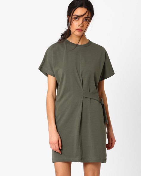 Panelled Shift Dress With Tie-Up By AJIO ( Green )