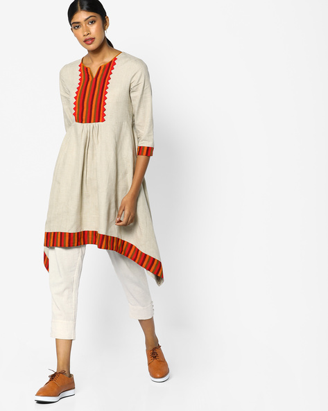High-Low Kurta With Striped Overlay By AJIO ( Offwhite )