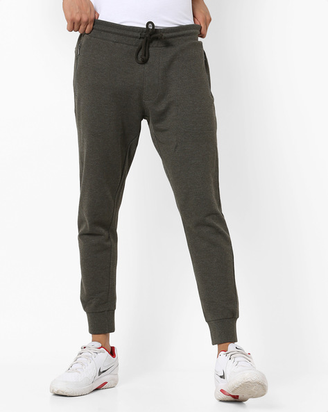 Mid-Rise Joggers With Drawstring Fastening By AJIO ( Olive )