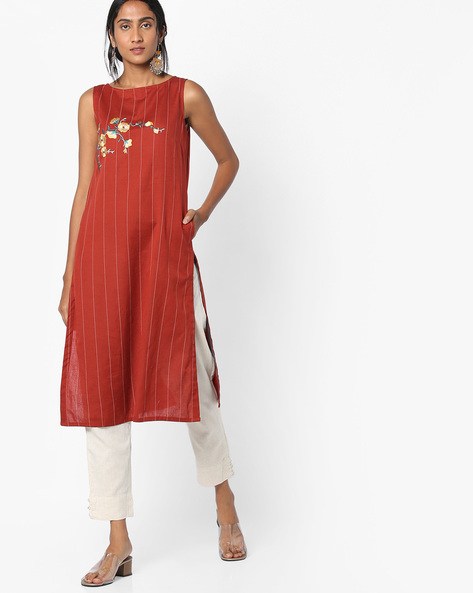 Striped Kurta With Floral Embroidery By AJIO ( Rust )