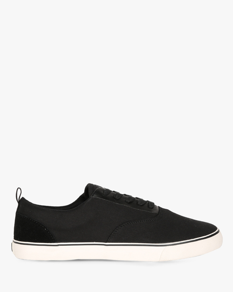 Canvas Lace-Up Sneakers By UNITED COLORS OF BENETTON ( Black )