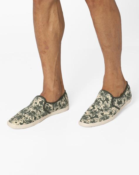 Niagara Printed Slip-On Shoes By Jack & Jones ( Green )
