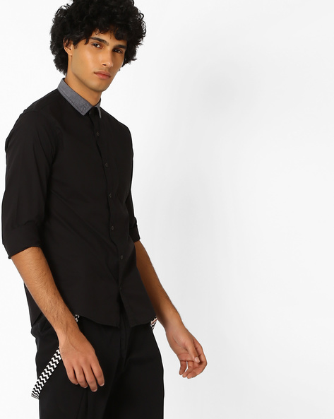 Slim Fit Shirt With Contrast Collar By AJIO ( Black )