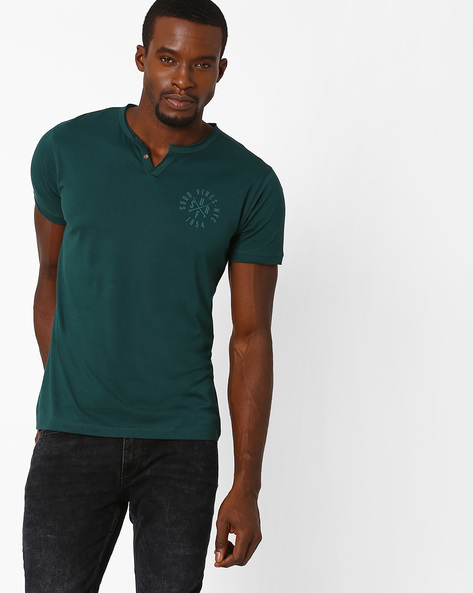 Henley T-Shirt With Carbonised Finish By AJIO ( Darkgreen )