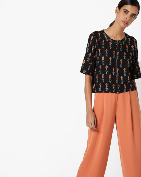 Print Top With Zip Closure By COLOUR ME ( Black )