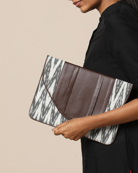 Envelope Clutch With Ikat Pattern By Project Eve ( Multi )