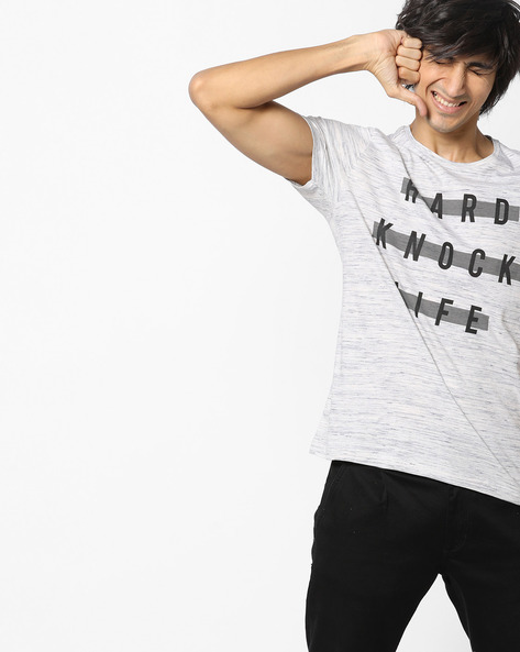 Slim Fit Printed Crew-Neck T-shirt By AJIO ( Black )